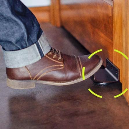 abridor de puerta contactless (con el pie)
